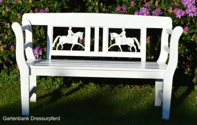 Geschenk für Reiter, Reiterin  Geschenkidee für Pferdefreunde,   Geschenk  eine besondere Geschenkidee zur Hochzeit und Geburtstag Pferdefreunde weisse Gartenbank Dressurreiter Dressurpferd